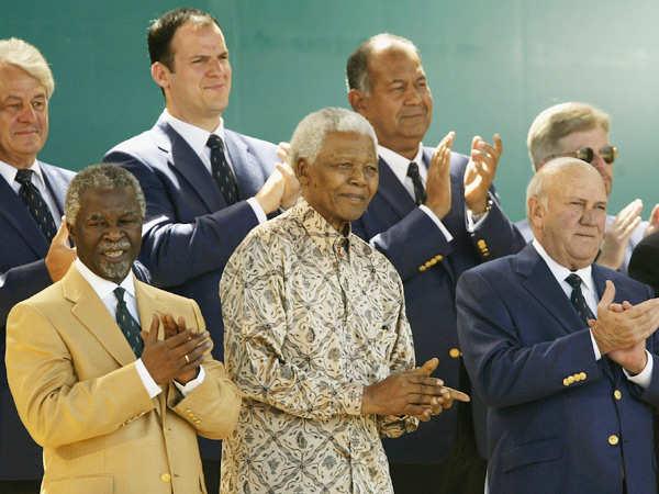 Nelson Mandela passes away