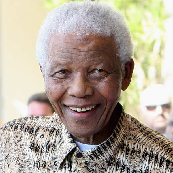 Nelson Mandela on life support