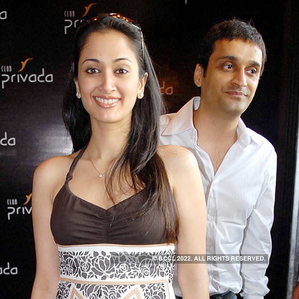 B-Town actresses married to businessmen