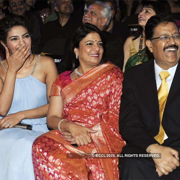 Happy B'day Priyanka!