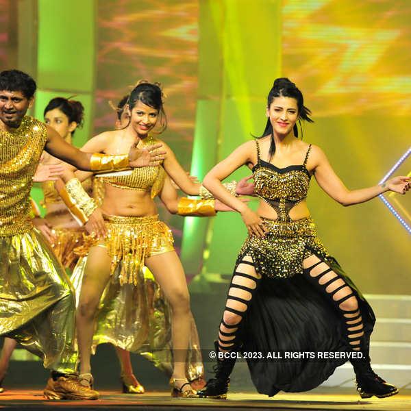 Peppy Performances: 60th Idea Filmfare Awards 2012 (South)