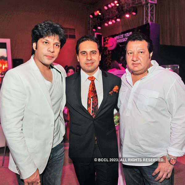 Shantanu & Nikhil's cocktail party