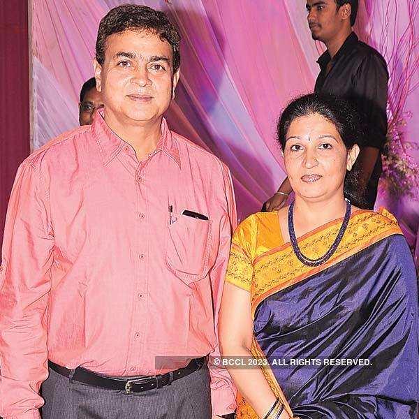 Vijay, Shruti's reception party