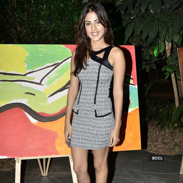 Celebs at art foundation launch
