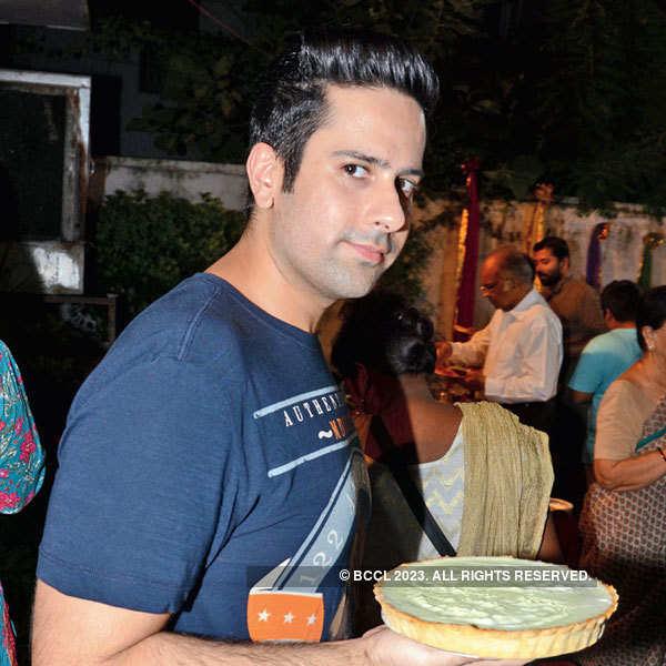 Madhavi Kuckreja hosts Iftar party
