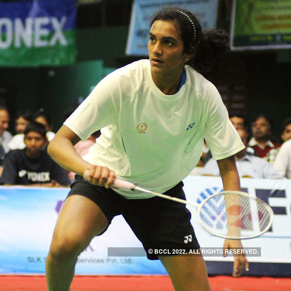 Sindhu into World Badminton Championships semis
