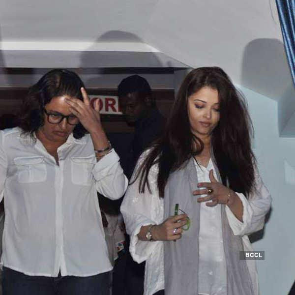 Prayer meet for Madhuri Dixit's father