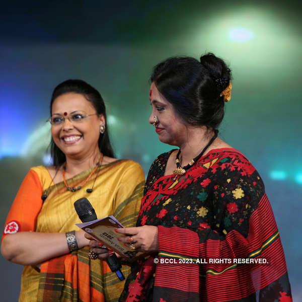 T'wood stars @ award ceremony