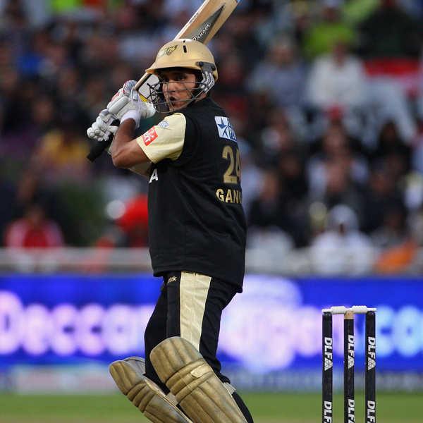 Ganguly bats for Yuvraj's return in Indian team