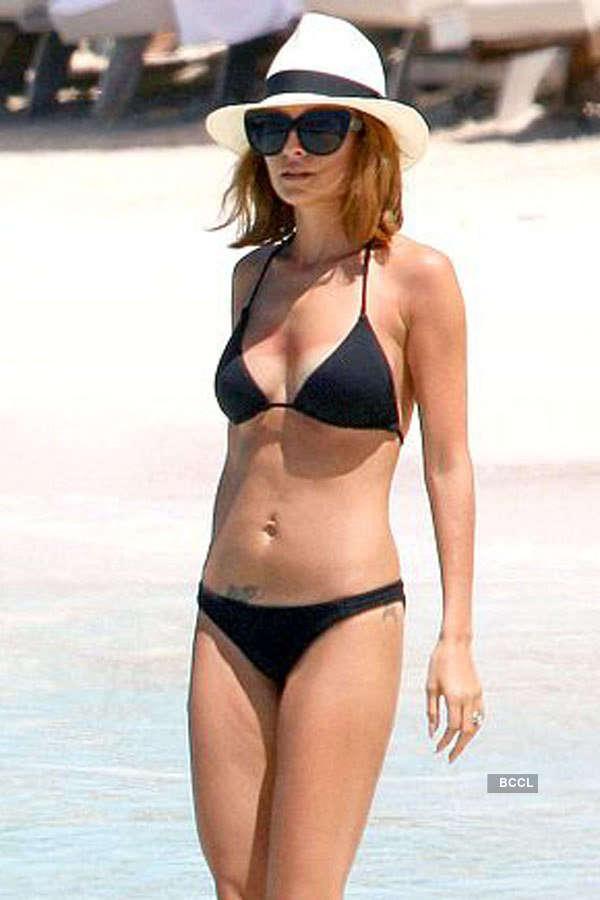 50 Hot Bikini Babes