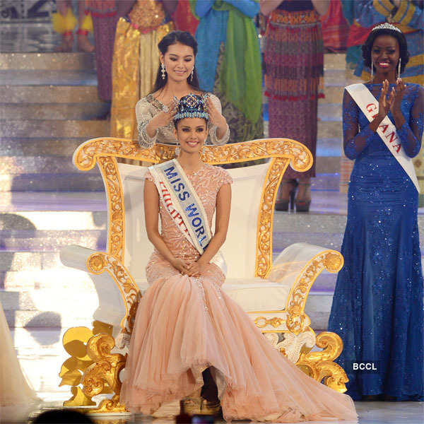 25 Historic Miss World Crowning Moments