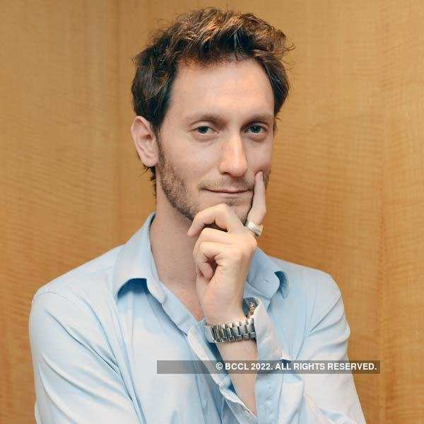 Lior Suchard at a fundraiser event
