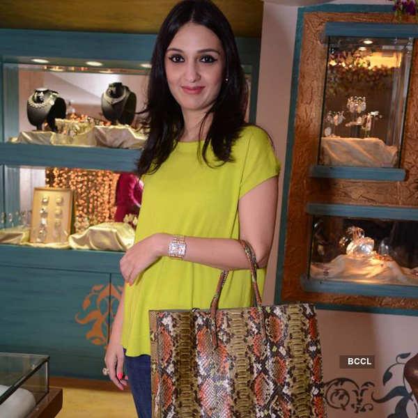 Celebs @ jewellery line launch