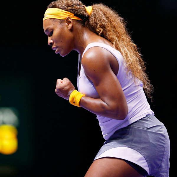 Serena makes speedy start to title defence