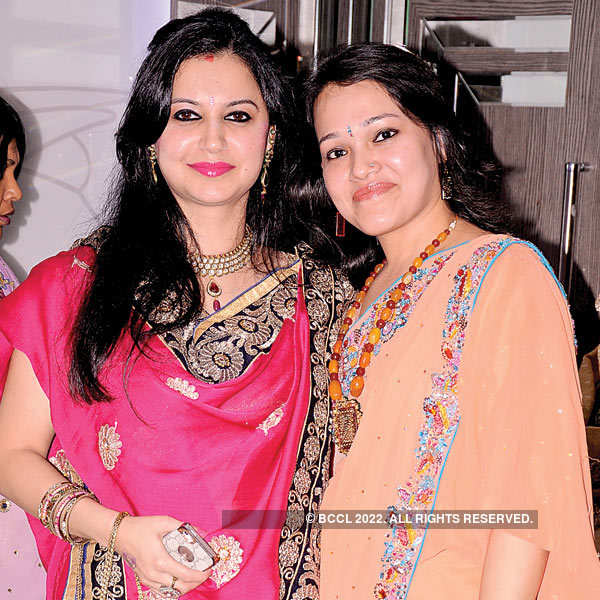Nagpur Ladies at Karva Chauth party