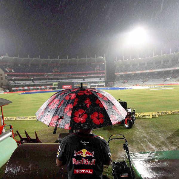 Fourth ODI abandoned due to rain
