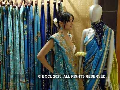 Cocktail saris