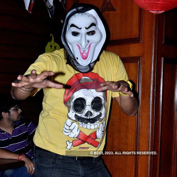 Party peeps celebrate Halloween