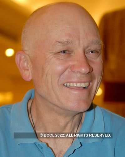 Ric Charlesworth in city