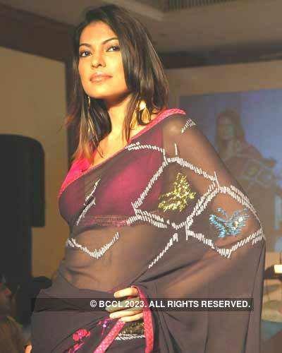 Shobhaa De at a Fashion Show