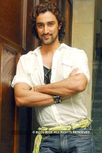 Kunal Kapoor's Portfolio Pics