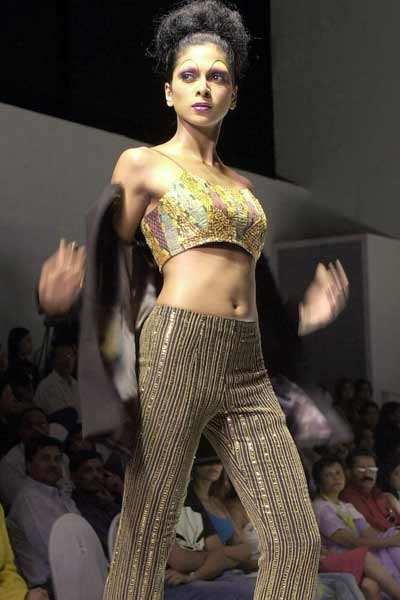 Nina Manuel