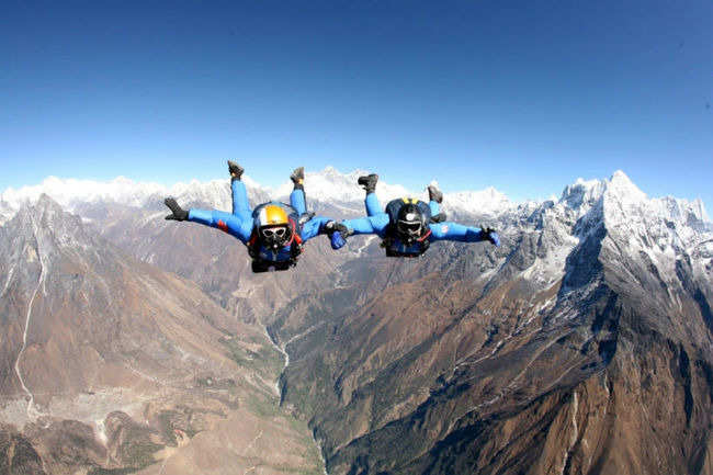 Skydive past Everest