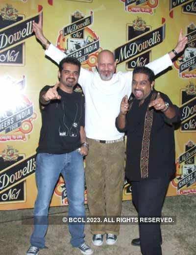 Shankar Ehsaan Loy's concert