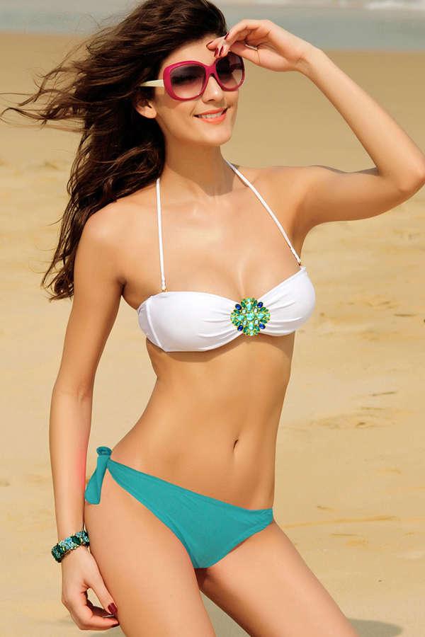 Hotties In Bikini