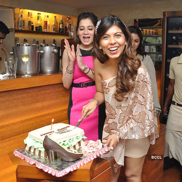 Tanaaz Bhatia's b'day party