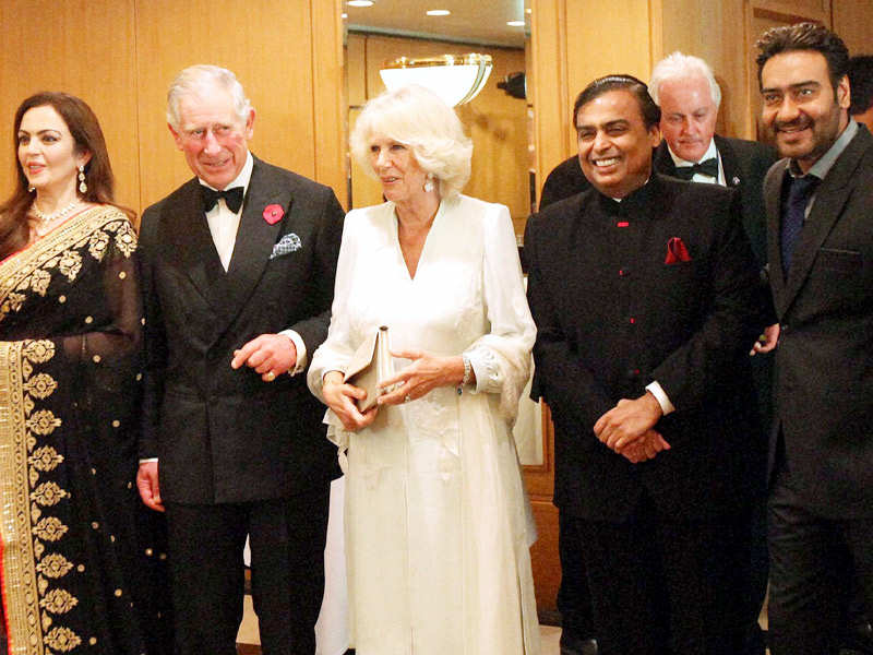 Royal couple's welcome party