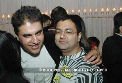 Dhiraj Arora and Ratan Mehta's party