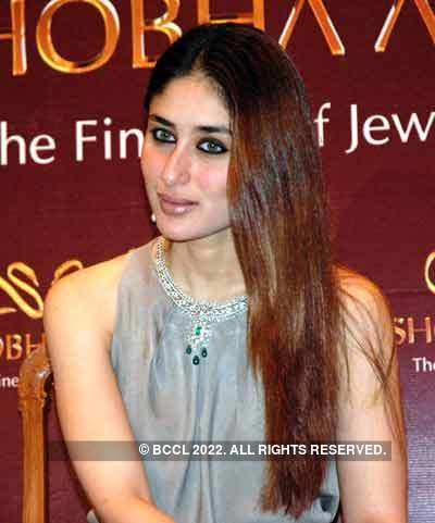 Kareena at a jewellery show