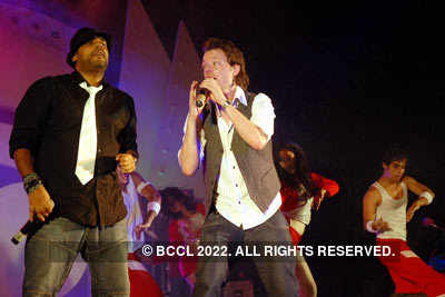 'Bombay Rockers' performing