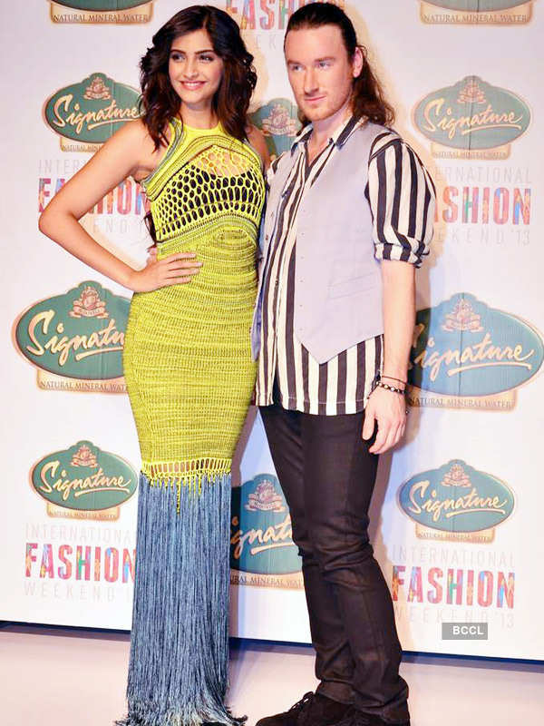 Celebs attend Mark Fast show