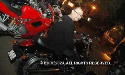 Shiv Karan's Biker Party