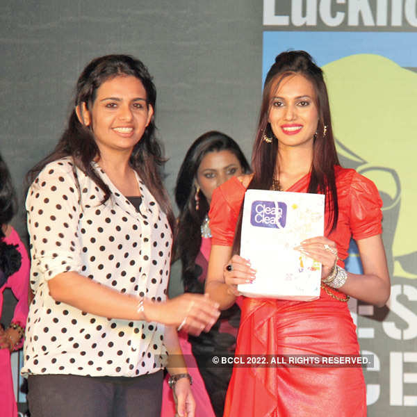 Grand Finale: Clean & Clear Lucknow Times Fresh Face 2013