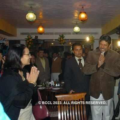 Kapil Dev inaugurates restaurant