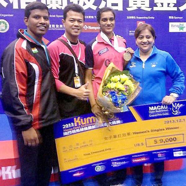 Sindhu lifts 2nd Grand Prix Gold title