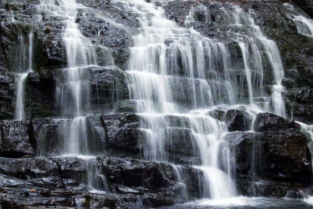 Rengthiam Falls