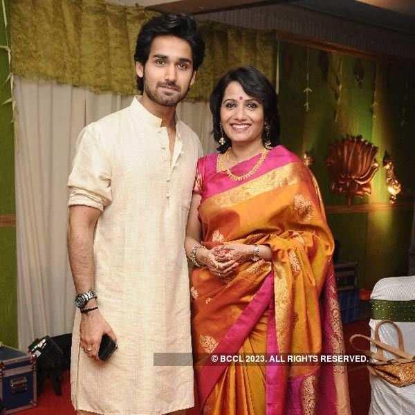 Vaishnavi weds Abhinav