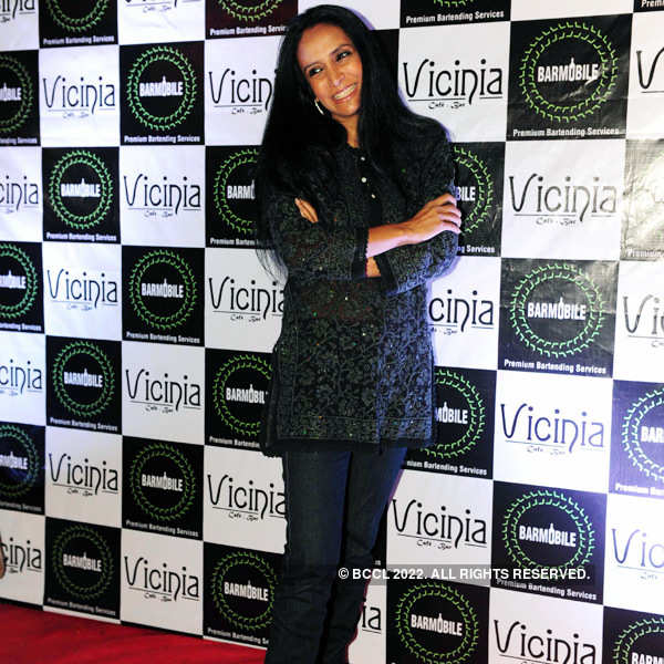 Vicinia cafe's launch party