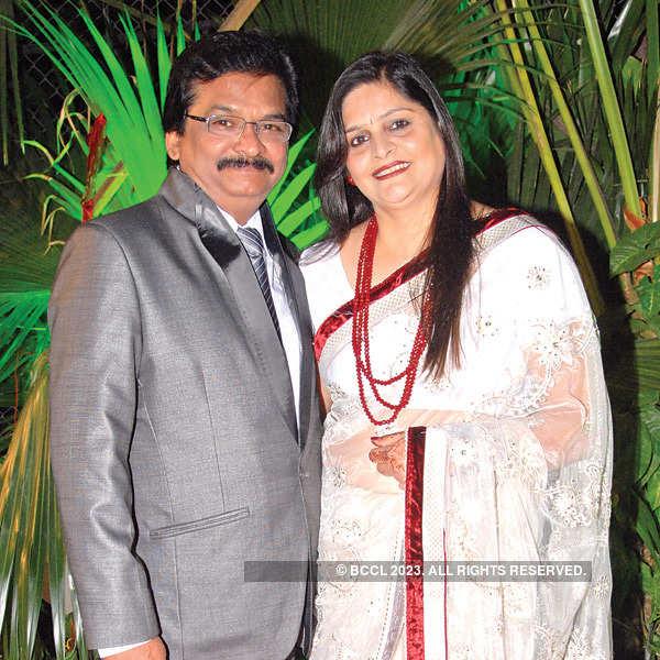 Ranjeet, Sanyukta Jog's wedding party