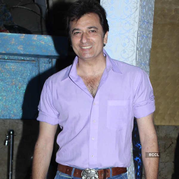 TV stars @ Nikhil & Suhana's party
