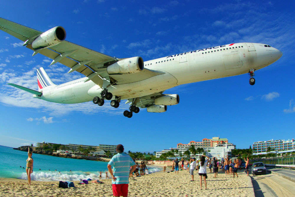 10 Best Airports Around The World Best International Airports Times Of India Travel