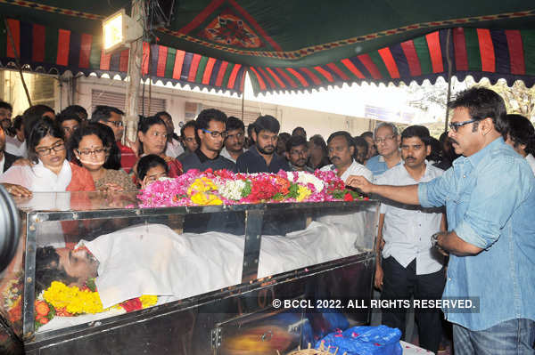 Uday Kiran's funeral
