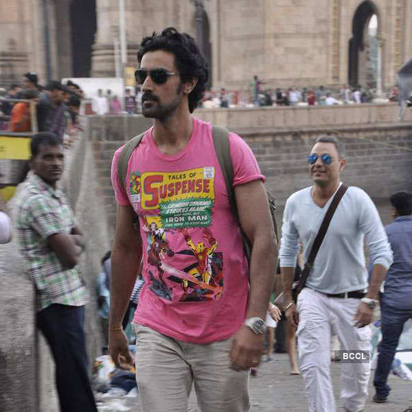 Hrithik spends b'day with kids