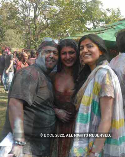 Vineet Jain's Holi Party 2008 -4