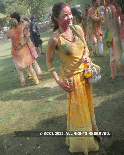 Vineet Jain's Holi Party 2008 -5