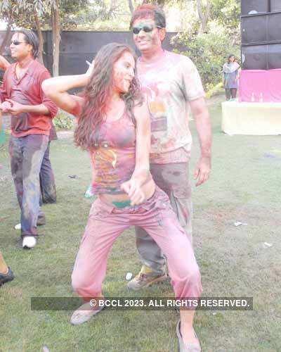 Vineet Jain's Holi Party 2008 -6